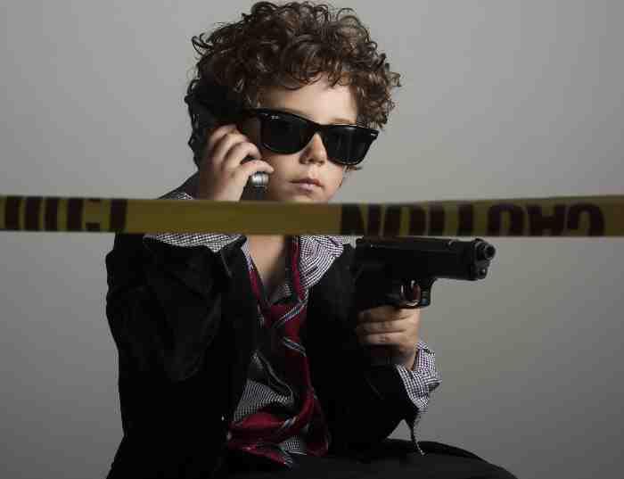 銃を持った少年