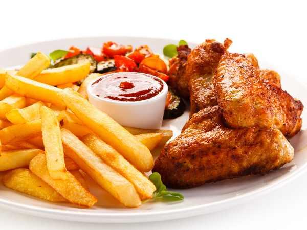 チキンとフライドポテト