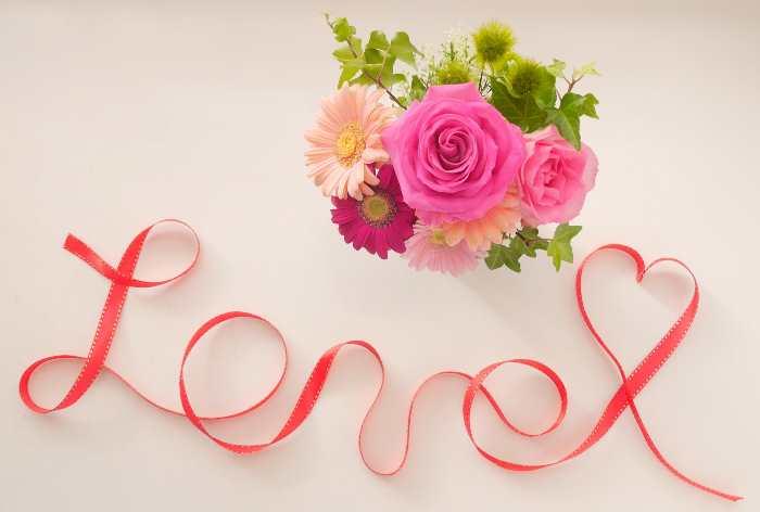 バラとloveの文字