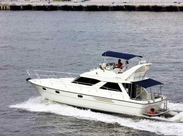白いボート