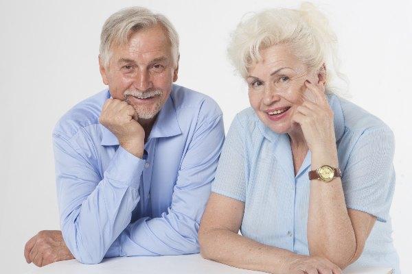 外国人の老夫婦