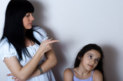 外国人の母と娘