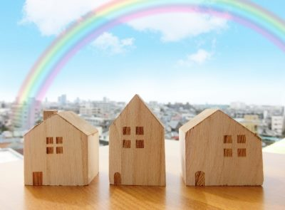 3軒の家の模型