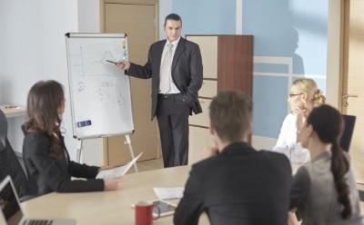 外国人のビジネス会議