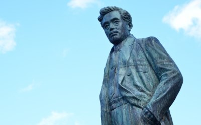 野口英世の銅像