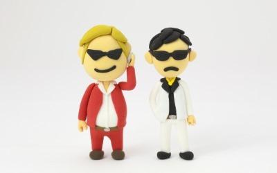 二人の犯罪者の人形