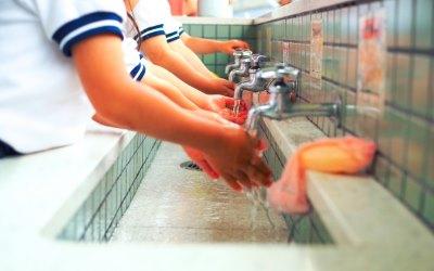 子供の手洗い