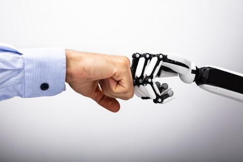 人間の手とロボットの手