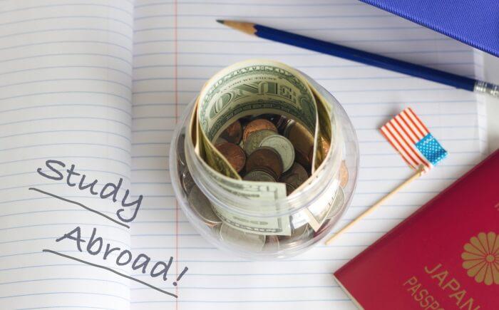パスポート、留学、お金